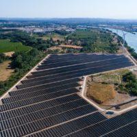 France, Gard (30), Beaucaire, Parc Photovoltaique (vue aerienne)