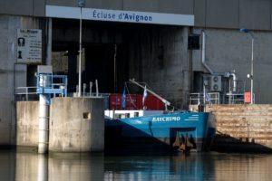 Peniche a la Centrale-ecluse d'Avignon sur le Rhone, Ile de la BarthelasseVaucluse (84) - France