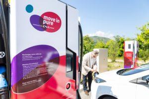 CNR, inauguration station de recharge électrique à Laveyron