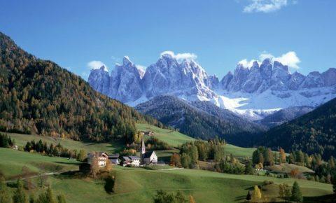 csm_winter_mountains_meadows_village_at_home_trees_tops-727591.jpg_d_8c67dd29d0